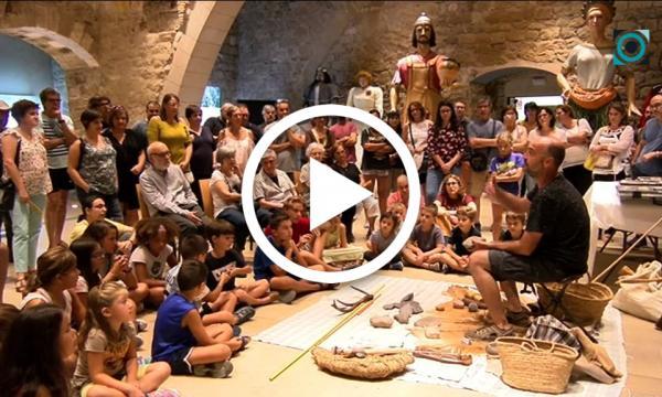 """Una demostració de com fabricar eines de pedra i encendre foc tanca la mostra """"Europa fa un milió d'anys"""""""